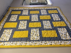 On the Go 3 Yard Quilt Kit **PATTERN SOLD SEPARATELY**